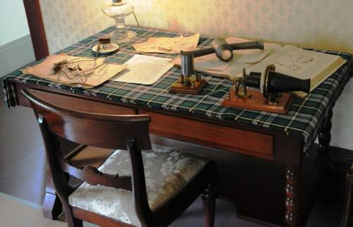 Bell Homestead Desk