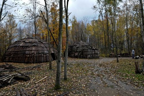 Two Lodges, Nmaachihna, Chatham-Kent, Ontario