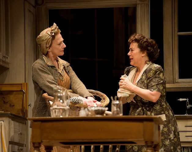 Sharry Flett as Mrs. Coffman and Corrine Koslo as Lola Delaney in Come Back, Little Sheba. Photo by David Cooper