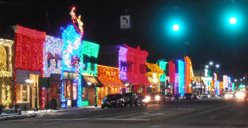 Downtown Rochester, Michigan adorned with festive lights