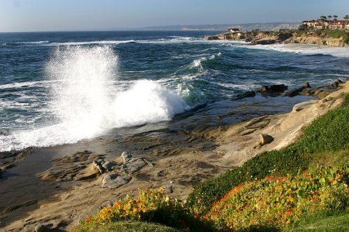 Pretty waves La Jolla