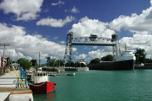 Port Colborne - Clarence Street Lift Bridge over Welland Canal