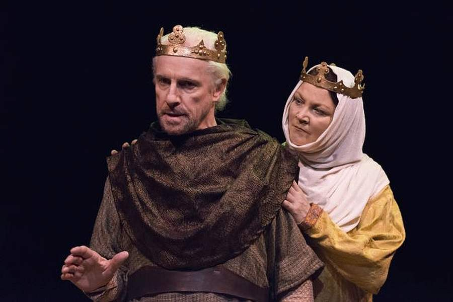 the relationship of king henry and queen eleanor in the 1966 play lion in winter The lion in winter movie yify subtitles toggle navigation triumphant 1966 broadway play that originally starred robert preston and tony-winner the inimitable katharine hepburn portrays henry's duly banished queen eleanor of aquitaine with all the unparalleled skill and inspired passion.