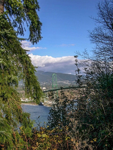 Stanley Parks Lions Gate Bridge to North Shore, photo by Mike Keenan
