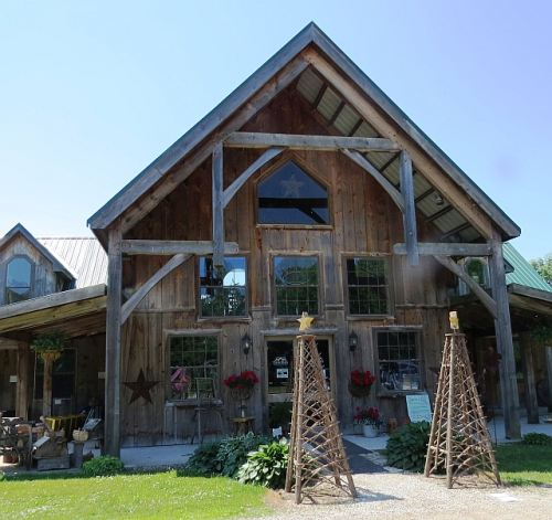 Twin pines Cider House, photo by Mike Keenan