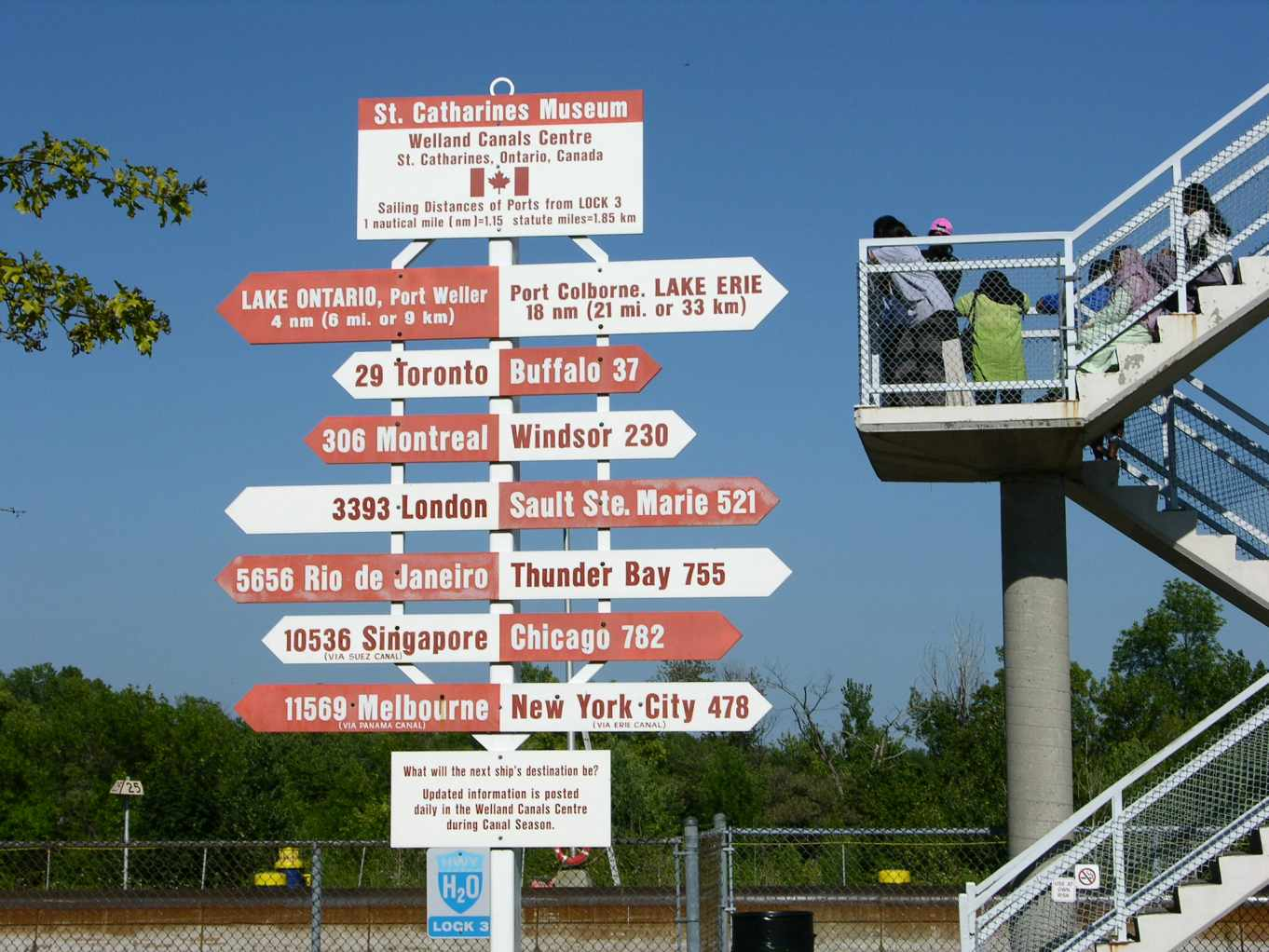 Lock 3 signage, photo by Mike Keenan