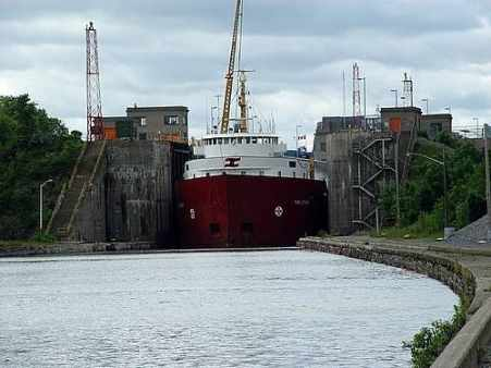 Ship leaving Lock 7, photo by Mike Keenan