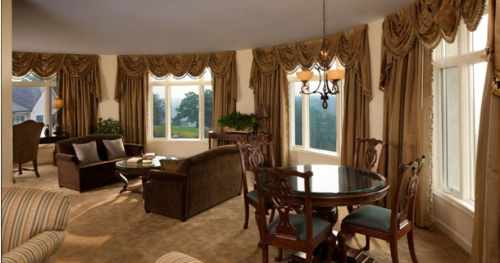 Grand Luxury Suite, photo by Biltmore Estate