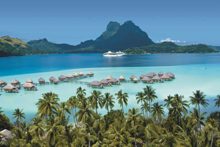 Anchorage in French Polynesia